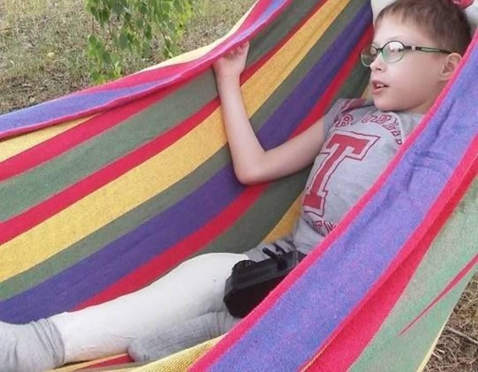 Radek jest bardzo wesołym chłopcem i marzy o podróżach