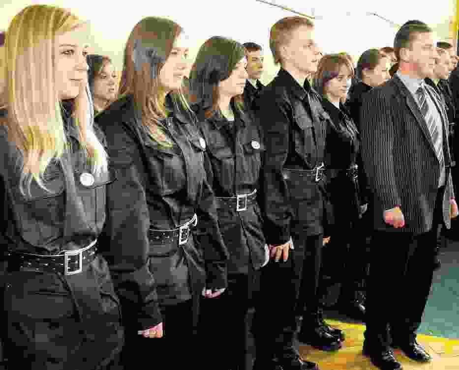 Klasy mundurowe w ZSP nr 1 w Radomsku cieszą się wzięciem nie tylko wśród chłopców
