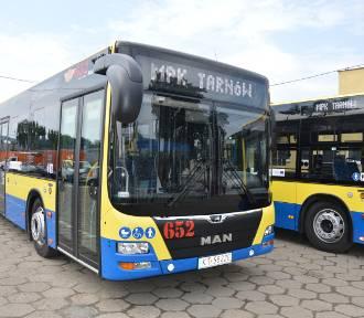 Tarnów. Kolejne nowe autobusy wyjechały na ulice miasta. Stare jelcze przechodzą do historii
