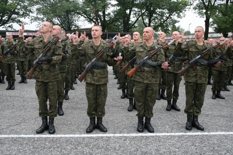 Czy pamiętacie jeszcze zasadniczą służbę wojskową?