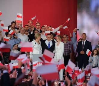Andrzej Duda tuż po ogłoszeniu wyników wyborów. Zdjęcia!