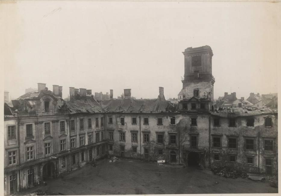 Zamek Królewski w Warszawie jesienią 1939 r