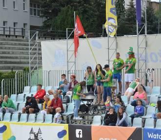 World Tour Malbork 2019. Przy zamku już trwa turniej Pucharu Świata w siatkówce plażowej [ZDJĘCIA]