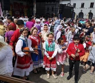 Muzycy z Dąbrówki Wlkp. na festiwalu kapel i folkloru