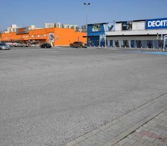 Koronawirus. Kielce. Szturm na markety budowlane (WIDEO)
