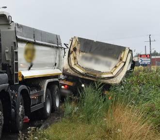 Ciężarówka wypadła z drogi, korki na Wolińskiej i do Święciechowy