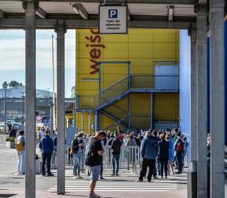 Do sklepu tylko po wcześniejszej rejestracji? Czy tak będzie też w Polsce?