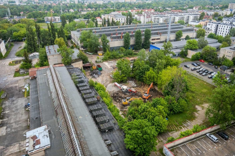 Rozpoczęło się wyburzanie budynków na terenie Grupy Wiepofama