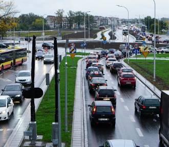 Wrocław. Horror drogowy na Jagodnie. Ludzie chcą stąd uciekać...