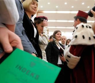 Które uczelnie kończą najbogatsi Polacy?