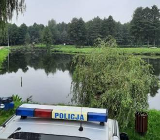 Ciało młodej kobiety znalezione w stawie w Żelechlinku