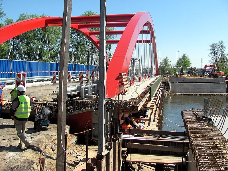 Most na Prośnie na osiedlu Piwonice w Kaliszu