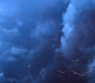 IMGW ostrzega. Alert burzowy dla całego kraju
