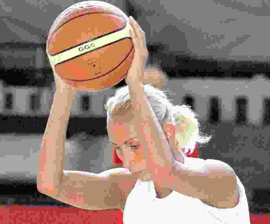 Rozgrywająca Neli Paszewa to aktualna mistrzyni Bułgarii