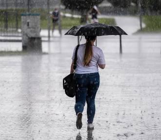 Intensywne opady deszczu. Alerty I i II stopnia dla Podkarpacia