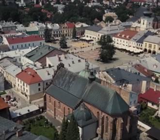 Setki milionów złotych na inwestycje w 2021 roku. Budżet Krosna uchwalony