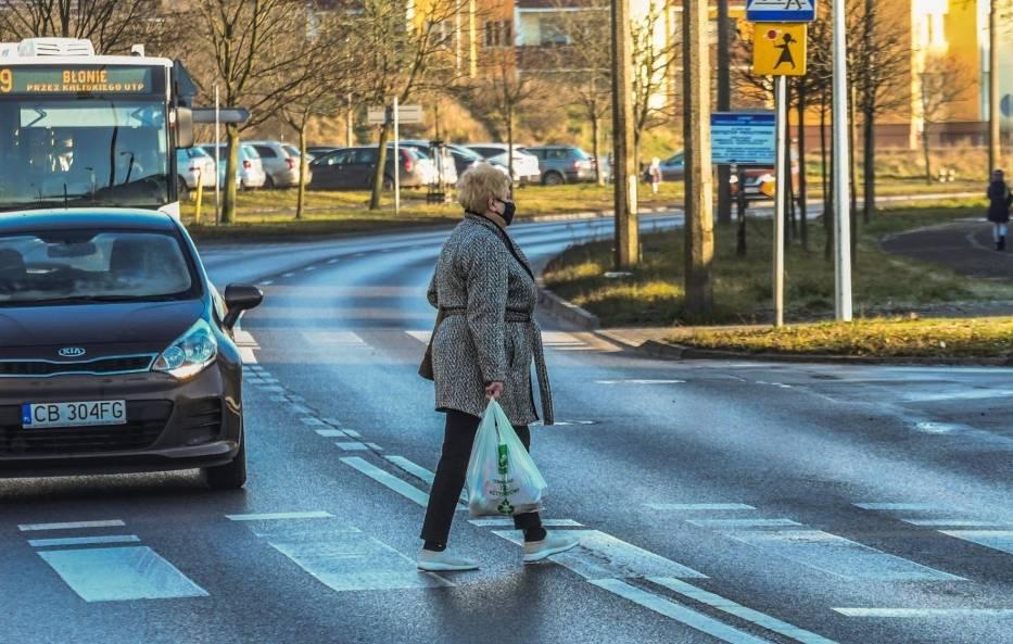 Nowe przepisy dla kierowców i pieszych 2021. Od 1 czerwca wchodzą w życie ważne zmiany!