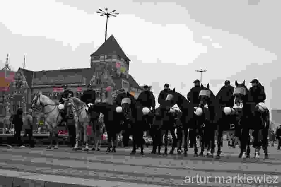 Marsz Równości był nadzorowany między innymi przez policję na koniach