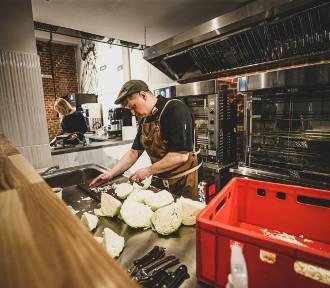 Otwarto nową restaurację w Katowicach. To Rotiseria na Starym Dworcu