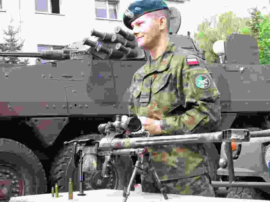 Piknik wojskowy w ZSTiO