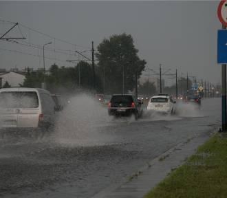 Niedziela z burzami i intensywnymi opadami deszczu. Prognoza pogody na 4 lipca