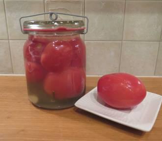 Jedliście kiszone pomidory? Nie? To spróbujcie! [SPRAWDZONY PRZEPIS]