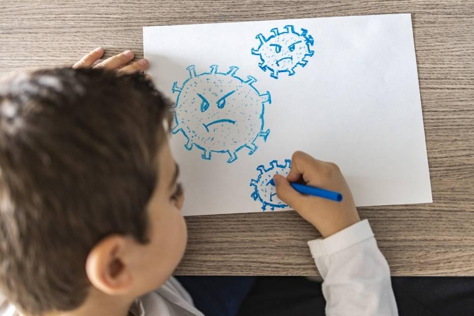 Zespół pocovidowy u dzieci (PIMS) występuje u dzieci w każdym wieku, ale najczęściej dotyka dzieci w wieku szkolnym