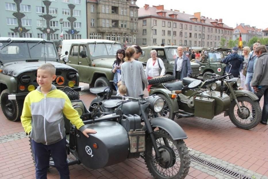 K-750, radzieckie motocykle z wózkiem bocznym z silnikiem typu bokser i napędem za pomocą wału Cardana
