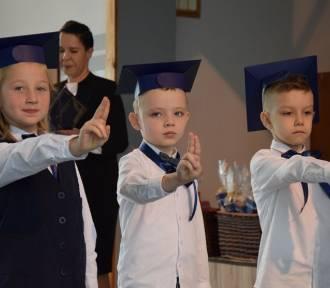 Nowy Dwór Gdański. Pierwszaki przyjęte do szkolnej braci