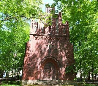Zabytkowa kaplica z Opola zamienia się w ruinę. Ratusz zabytek uratuje? [wideo]