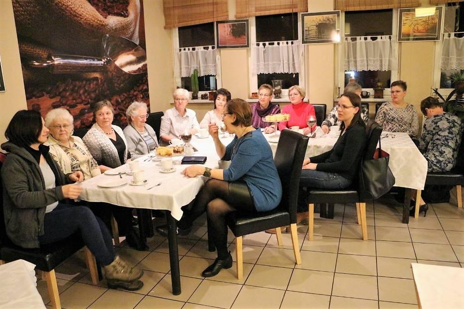 Przegonić raka razem ze Złotowskim Klubem Amazonek w Caffe Latte [VIDEO]