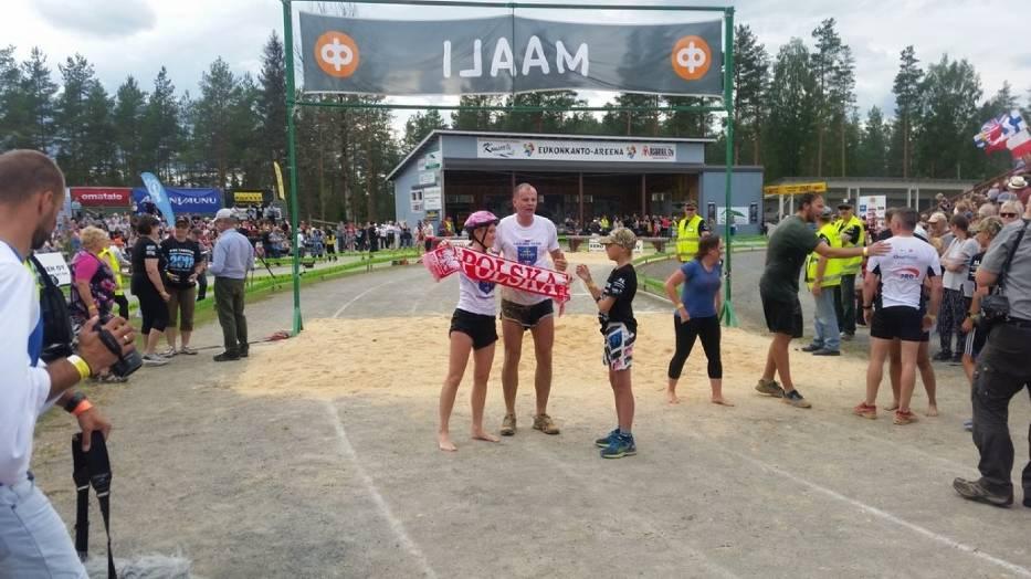 Trzecie miejsce pary z Uniejowa na Mistrzostwach Świata w Noszeniu Żon w fińskim Sonkajärvi
