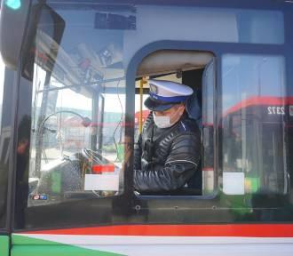 Tak skontrolujesz autobus, którym twoje dziecko jedzie na wakacje