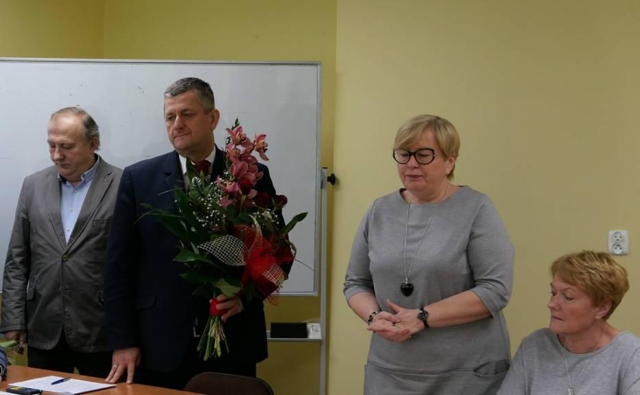 Samorządowcy podziękowali dziś Elżbiecie Kaźmierczak za wieloletnią pracę