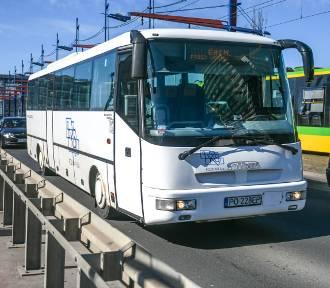 Zmiany w rozkładach jazdy autobusów i protest mieszkańców Lutomia