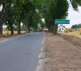 Prace na drodze powiatowej z Czacza do granic powiatu ZDJĘCIA