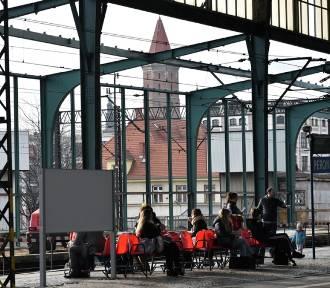 Remont dworca w Legnicy,  perony zamknięte dla podróżnych [ZDJĘCIA]