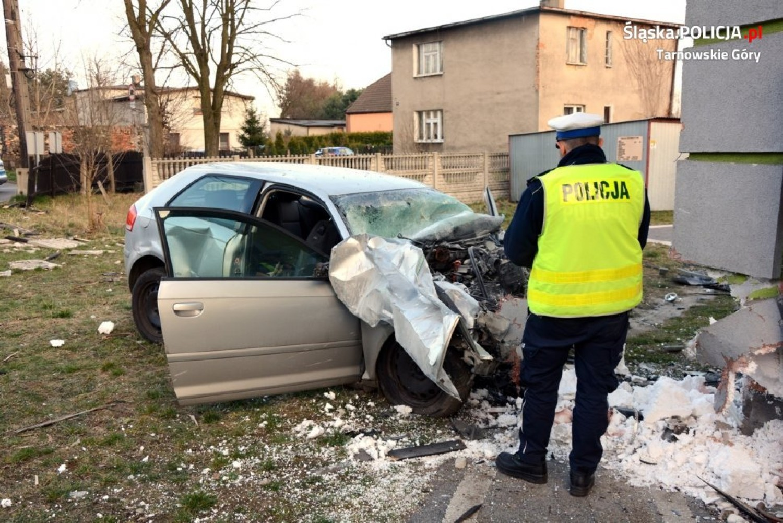 Śmiertelny wypadek w Tarnowskich Górach. Nie żyje 23-latek