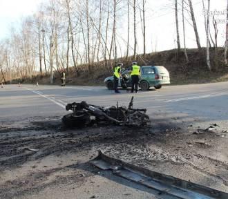Makabryczny wypadek w Jastrzębiu: ratowaliśmy motocyklistę, był cały w ogniu - mówią świadkowie