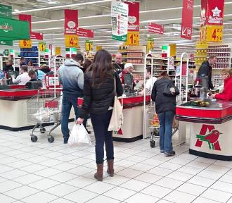 16 grudnia to niedziela handlowa? Sprawdź czy i gdzie zrobisz zakupy!