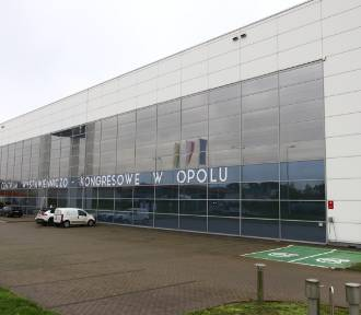 Szpital tymczasowy w Opolu prawie gotowy. Co z kadrą medyczną?