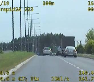 Pijany kierowca pędził przez Grudziądz 139 km/h [wideo]