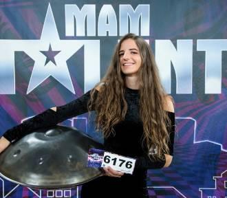 """24-latka z Gdańska w """"Mam Talent"""". Gra na nietypowym instrumencie"""