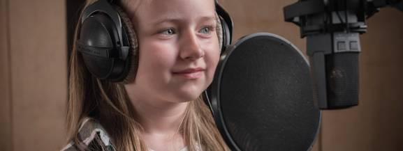 Premierę teledysku zaplanowano na Dzień Dziecka.