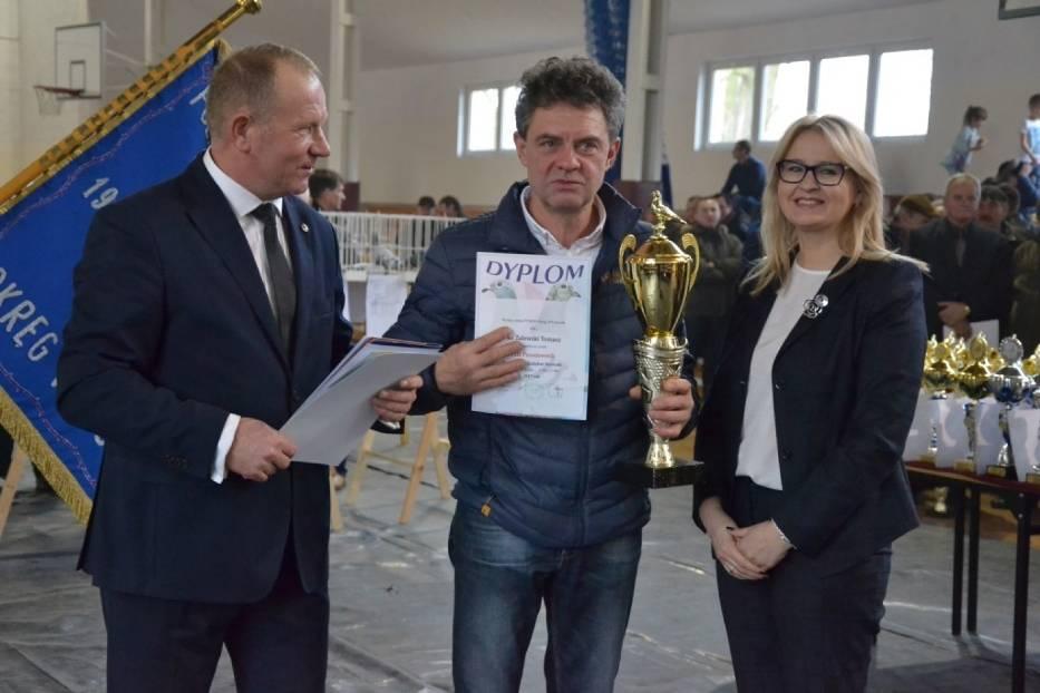 W niedzielę odbyła się  w Lipnie okręgowa wystawa gołębi pocztowych Polskiego Związku Hodowców Gołębi Pocztowych i przy okazji podsumowano sezon lotowy Okręgu Włocławek