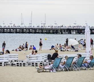 Będą dłuższe urlopy i obowiązkowe niedziele wolne?