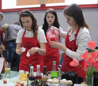 Zbliżają się XV Targi Edukacyjne w Łęczycy. Tak szkoły średnie będą zachęcać uczniów [ZDJĘCIA!]