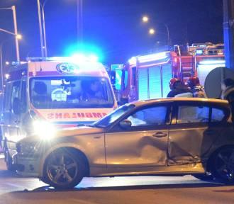 Wypadki na DK 22. Gnojewo: Pijana matka z dzieckiem wypadła z drogi. Malbork: Wjechała na czerwonym