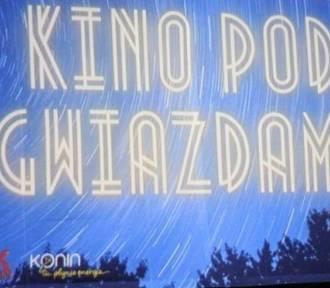 """Kino pod gwiazdami """"Coś się kończy coś się zaczyna"""""""