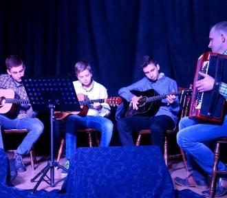 Koncert kolęd i pastorałek w Zapolicach [zdjęcia]